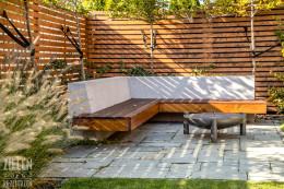 Ogród z małą architekturą
