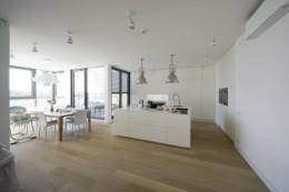 Apartament biały w Wilanowie