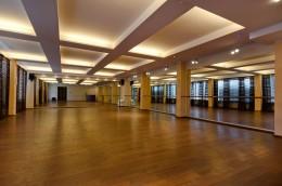 Dom 200m w Gdyni ze szkołą tańca