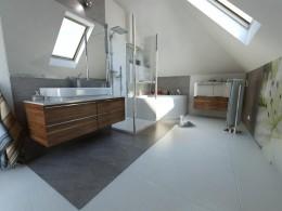 Nowoczesna łazienka w kamieniu
