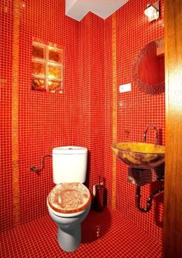 Łazienka w czerwieni