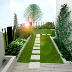 Ogród przydomowy z lustrem