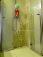 Ultra mała łazienka - prysznic!