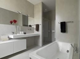Ponadczasowe szarości w łazienkach