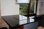 Blat w kuchni wykonany z granitu