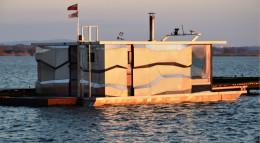 Elewacja Houseboatu
