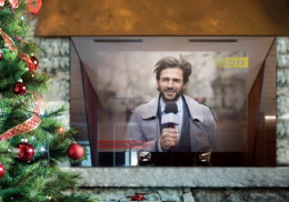 Telewizor za lustrem