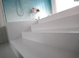 Luksusowy salon kąpielowy od Luxum.