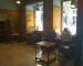 zaciszna poczekalnia w stylu kolonialnym hotelu w Madrycie